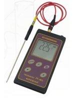 laboratoryjna aparatura pomiarowa - termometr PT-411